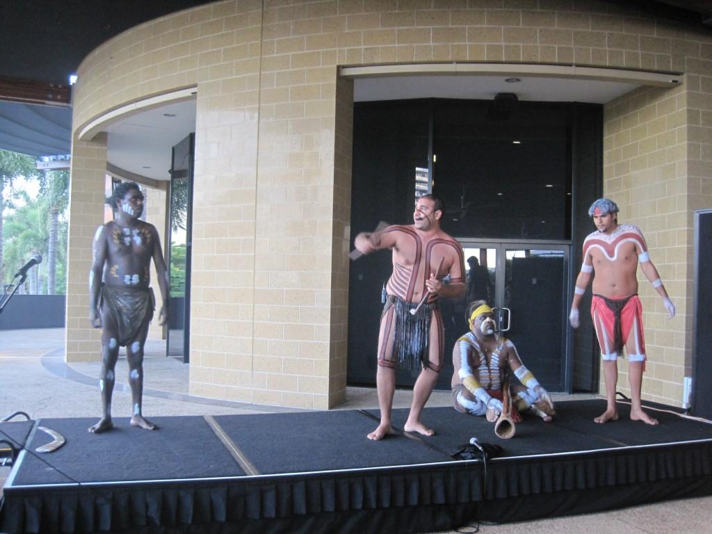土著人表演
