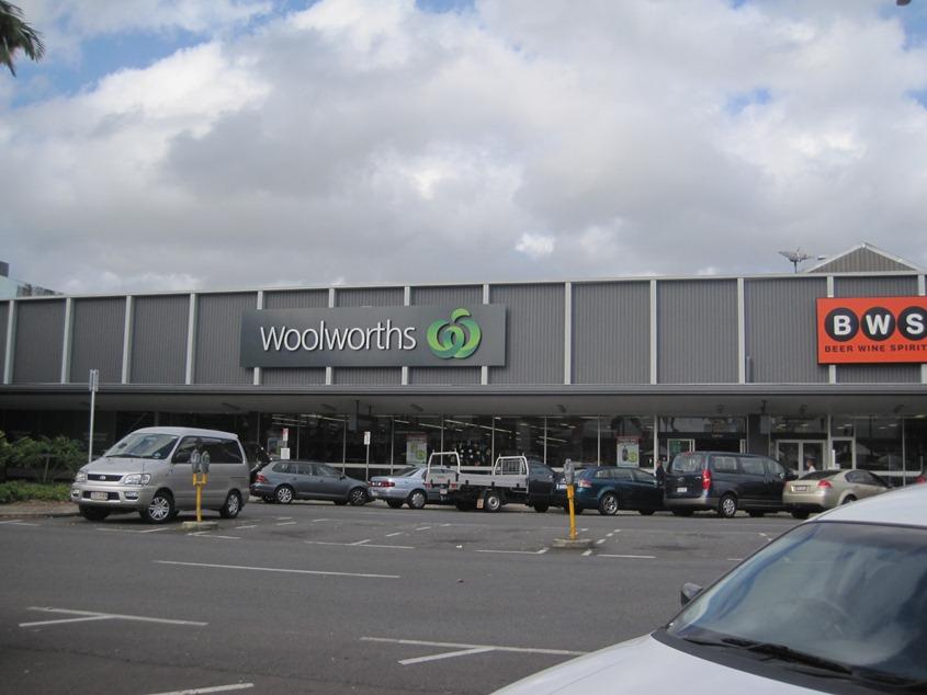 Woolworths超市