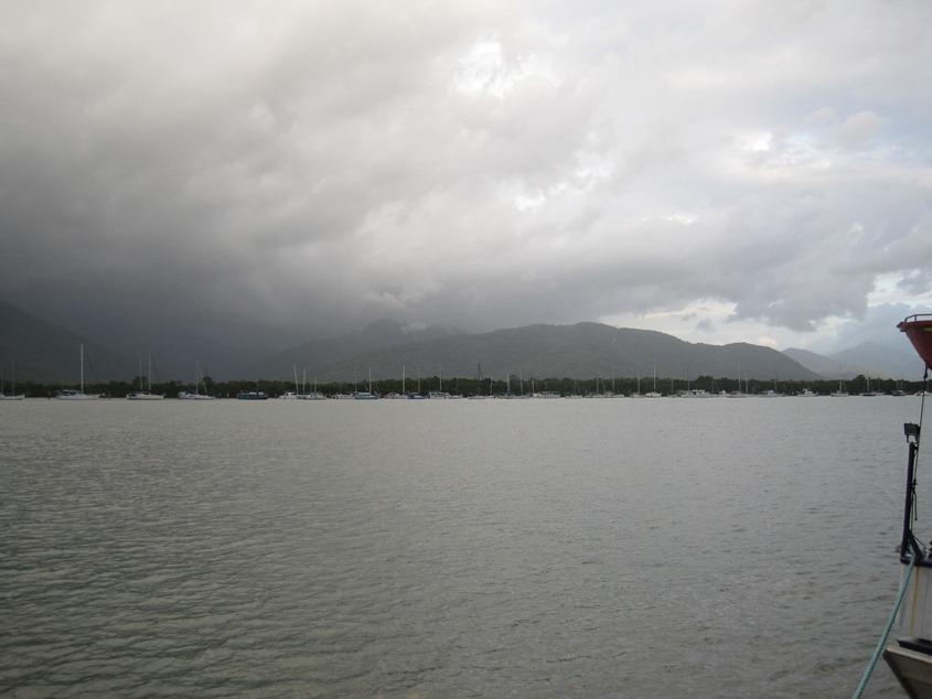 雨,又要从对面的海湾飘过来了吗